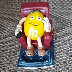 M & M Collectible